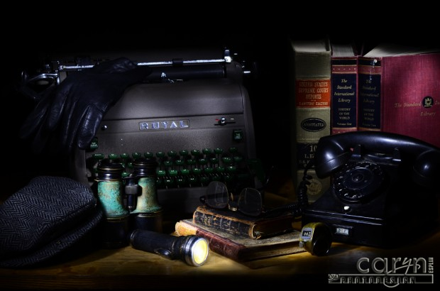 Caryn Esplin - 1940s Desktop - Light Painting