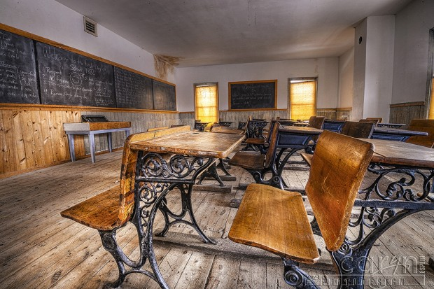 CarynEsplin-BannackGhostTown-School-MasonicTemple-School Desks