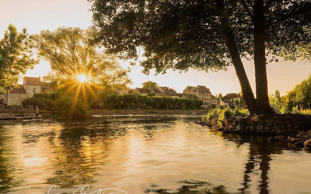 Photo Tips: Golden Hour Reflections